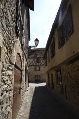 Maison du 15e siècle - Français:   Vue sur maison classée place de la Bridolle
