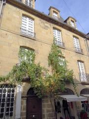 Maison - Français:   Brive-la-Gaillarde - Maison Lalande - Façade sur la rue de Corrèze