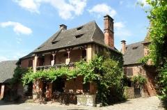 Ancien prieuré -  Collanges la Rouge, Correze