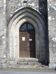 Eglise Notre-Dame de l'Assomption - Français:   Portail de l\'église Notre-Dame-de-l\'Assomption de Sainte-Marie-Lapanouze (Corrèze, France)