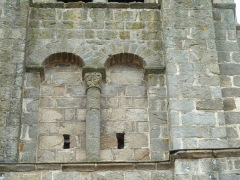 Eglise Sainte-Valérie - English: Chambon-sur-Voueize. Sainte Valérie abbey church. Belltower on the transept. North side.