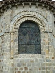 Eglise Sainte-Valérie - English: Chambon-sur-Voueize. Sainte Valérie abbey church. Apse window.