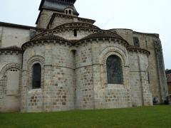 Eglise Sainte-Valérie - English: Chambon-sur-Voueize. Sainte Valérie abbey church. Chevet apses.