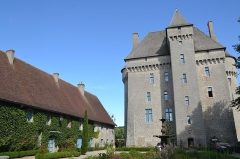 Château - This building is indexed in the Base Mérimée, a database of architectural heritage maintained by the French Ministry of Culture, under the reference PA00100170 .