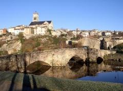 Vieux pont -  L'église Notre-Dame de Bellac et le vieux pont sur le Vincou