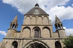 Eglise Saint-Pierre-ès-Liens - Extérieur de la collégiale Saint-Pierre du Dorat (87). Façade occidental.