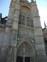 Cathédrale Saint-Etienne - This building is indexed in the Base Mérimée, a database of architectural heritage maintained by the French Ministry of Culture,under the reference PA00100333 .