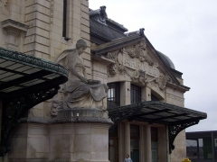 Gare des Bénédictins - This building is indexed in the Base Mérimée, a database of architectural heritage maintained by the French Ministry of Culture, under the reference PA00100349 .