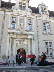 Château du Fraisse - This building is indexed in the Base Mérimée, a database of architectural heritage maintained by the French Ministry of Culture,under the reference PA00100405 .