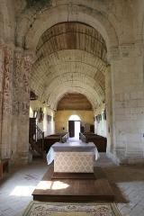 Eglise paroissiale Saint-Jean d'Abbetot - Intérieur de l'église Saint-Jean d'Abbetot à La Cerlangue: la nef vue du chœur.