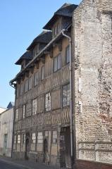 Maisons - English:   Dieppe (France, Normandy) Historic house Rue d\'Ecosse 9-15