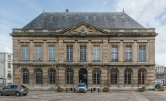 Muséum d'histoire naturelle - English: The Museum of Natural History of Le Havre as seen from west. The building depicted was opened in 1760 and originally used as the Palace of Justice and converted to a museum in 1876.