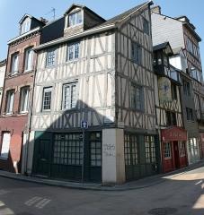 Immeuble - Français:   77 rue des bon enfants à Rouen.