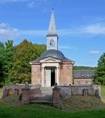 Chapelle funéraire Saint-Laurian - Français:   Chapelle funéraire St-Laurian à St-Denis-le-Thiboult, Seine-Maritime,, Normandie, France