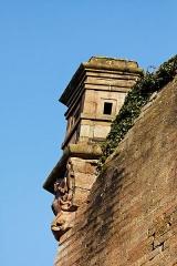 Lion sculpté par Bartholdi -  Les fortifications de la citadelle de Belfort.