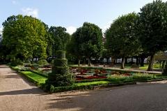 Square Emile Lechten, anciennement square Jean-Jaurès - Français:   Square Émile Lechten à Belfort (inscrit Monument historique n°PA00101160)