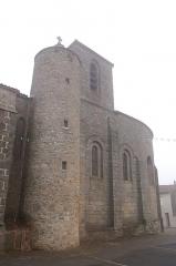 Eglise de Saint-Sauveur-de-Givre-en-Mai - Français:   Clocher de l'église de Saint-Sauveur-de-Givre-en-Mai à Bressuire.