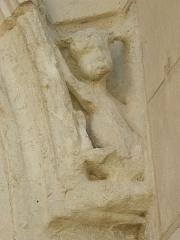 Ancienne abbaye Saint-Jouin - Aile sud du cloître de l'abbaye de Saint-Jouin-de-Marnes (79).