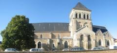 Eglise Saint-Laon - Église Saint-Laon de Thouars, à côté de la mairie.