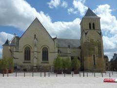 Eglise Saint-Médard - Français:   Eglise Saint-Médard Thouars Deux-Sèvres France