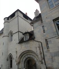 Abbaye des Bénédictins de Saint-Vincent -  Église Notre-Dame de Besançon.