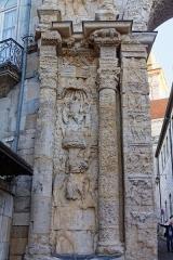 Porte Noire - Français:   Détail de la Porte Noire à Besançon.