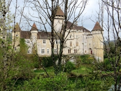 Château - English: Le Château de Cléron (Doubs) au bord de la rivière La Loue