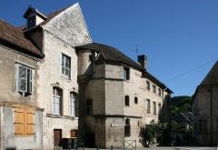 Hôtel de Grospain - Français:   Ornans (Doubs - France), l'ancien Hôtel de Grospain (XVème siècle) et premlier Hôtel de ville (XVIème siècle).