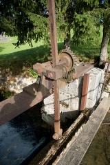 Usine communale - Français:   Usine communale de Métabief - vanne du barrage