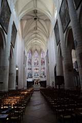 Eglise Notre-Dame - Intérieur de la basilique Notre-Dame de Dole (39).