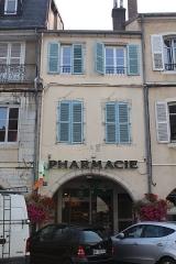 Maison - Français:   Maison, 35 rue du Commerce, Lons-le-Saunier.