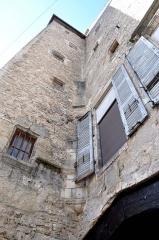 Maison, ancien grenier - Français:   Gray - Maison (ancien grenier) 10, 12 rue du Marché