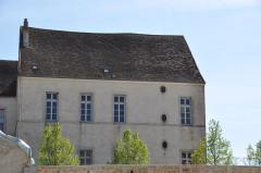 Château - Français:   Pesmes (Haute-Saône, France) - château