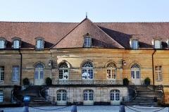 Château - Français:   Château de Saint-Remy,  (Classé, 1931)