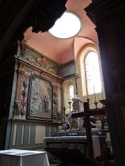 Eglise Saint-Michel - Français:   Espéraza - Église Saint-Michel - Chœur, maître-autel avec six chandeliers en bronze fondu et dorés et bas-relief représentant l\'Annonciation