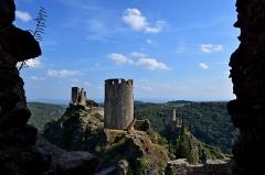Ruines des quatre châteaux - Châteaux de Lastours