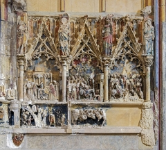 Eglise Saint-Just (ancienne cathédrale) - English:  Right side of the carved altarpiece from the chapel of Our Lady of Bethlehem]]. Thirteenth century, in en:Narbonne Cathedral Cathedral Saint-Just-et-Saint-Pasteur Narbonne.