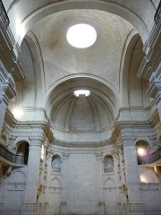 Ancien collège des Jésuites, actuellement musée d'archéologie ou musée d'Histoire naturelle - Nîmes (Gard, France), chapelle des Jésuites, partie la mieux conservée de l'ancien collège des Jésuites, lui, siège pour quelque temps encore du musée archéologique.