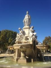 Fontaine de l'Esplanade, dite fontaine Pradier - English: Nîmes, fontaine Pradier.