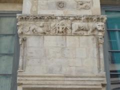 Immeuble -  La maison romane, 1 Rue de la Madeleine, Nîmes, Gard, France