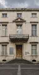 Ancien palais épiscopal - English: Former bishop's palace in Nîmes, Gard, France