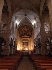 Ancienne cathédrale Saint-Théodorit - Intérieur de la cathédrale Saint-Théodorit d'Uzès (30).