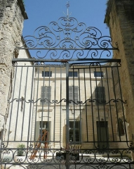 Maison - Français:   Uzès (Gard, France), bâtiment siège du  \