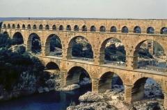 Pont du Gard et aqueduc romain de Nîmes - English:   Roman bridge upon the River Gard, in 1969.