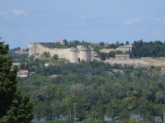 Fort Saint-André (ancien château) - Deutsch: Villeneuve-lès-Avignon, Blick vom Rocher des Doms auf das Fort Saint-André