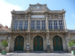 Théâtre - Català: Façana principal del teatre de Besiers