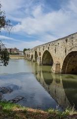 Vieux pont sur l'Orb - English: Old bridge in Béziers, Hérault, France