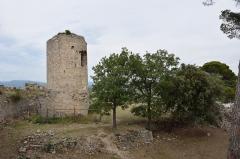 Eglise Saint-Paul - Français:   Château des Guilhem à Clermont-l\'Hérault