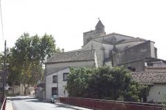 Eglise Saint-Jacques - Français:   Clocher de l\'église Saint-Jacques de Fabrègues - Vu du pont