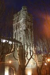 Eglise Saint-Paul - Français:   Frontignan (Hérault) - Église Saint-Paul - Clocher illuminé.